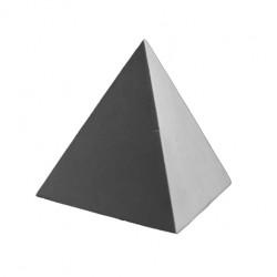 Правильная пирамида гипсовая