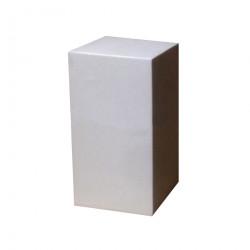Призма четырехгранная (параллелепипед) гипсовая, высота 20 см.