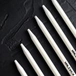 Набор пастельных карандашей монолитов Малевичъ, белый и черный, 2 шт